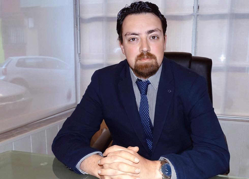 ROBERTO J. GARCÍA
